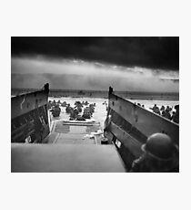 Lámina fotográfica Omaha Beach Landing - D-Day Normandy Invasion