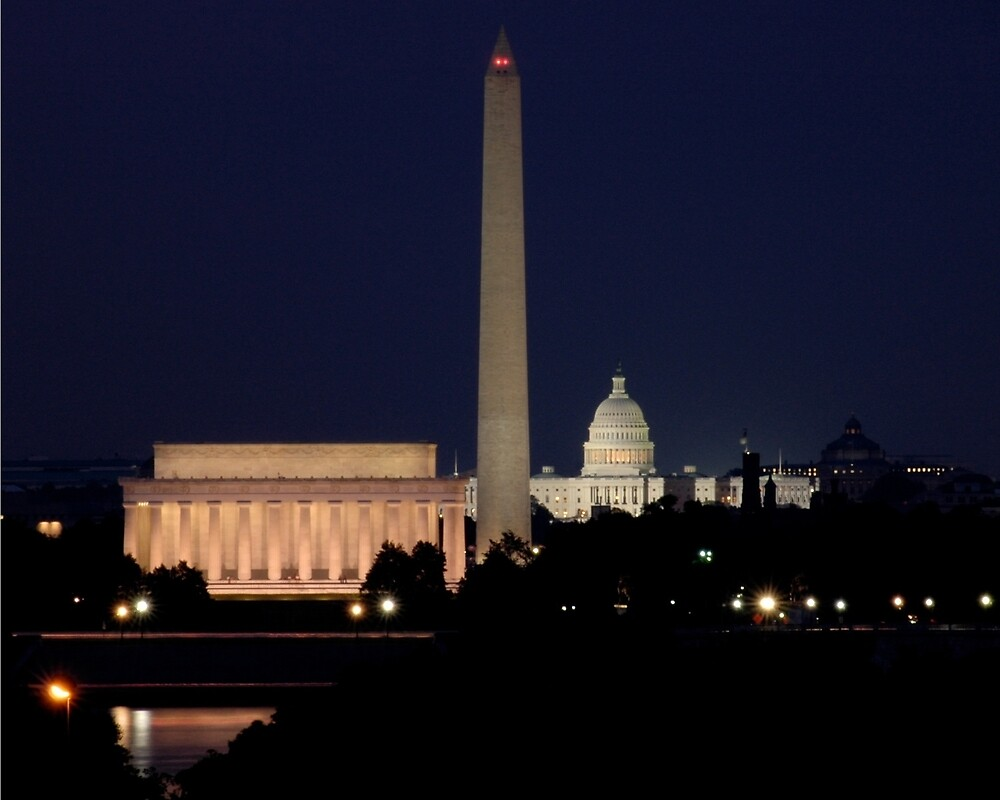 Night Falls on the Capital by WALLPhotoGrafx