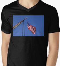 USA flag sail ship Mens V-Neck T-Shirt