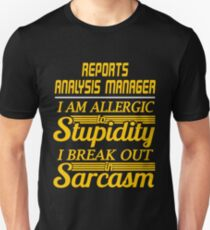 reports analysis manager T-Shirt
