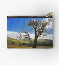 0116 Draught affected Studio Pouch