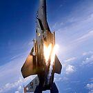 Ein F-15E Streik Eagle knallt Fackeln. von StocktrekImages