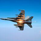 Ein F / A-18C Hornet-Flugzeug testet sein Flare-Gegenmaßnahmensystem. von StocktrekImages
