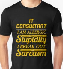 IT CONSULTANT T-Shirt