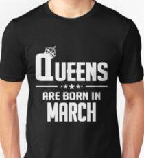 Camiseta unisex LAS REINAS NACEN EN MARZO