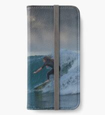 @alpesc iPhone Wallet/Case/Skin