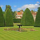 Great Court Garden, Athelhampton by RedHillDigital