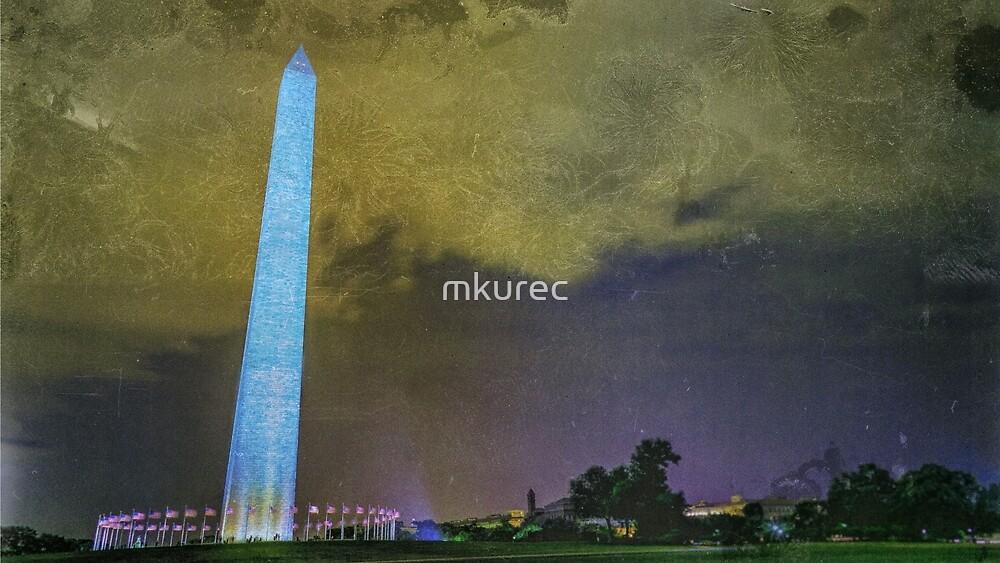 Washington Monument at Night by mkurec