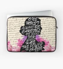 Words have the power to change us Laptop Sleeve