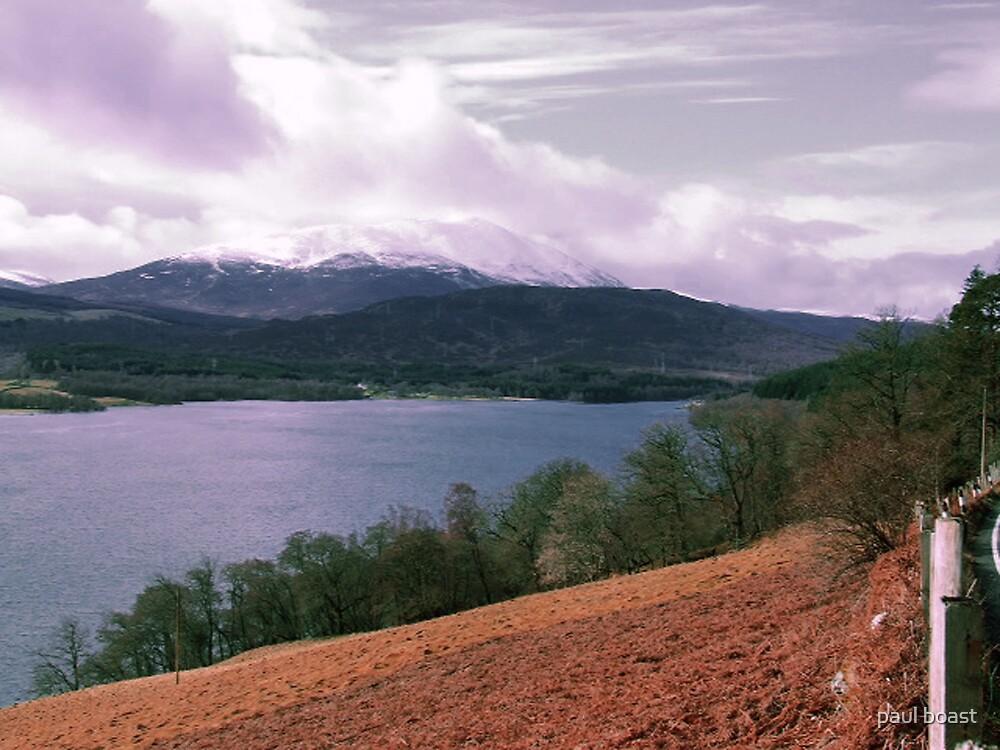 View over Loch Tummel by paul boast