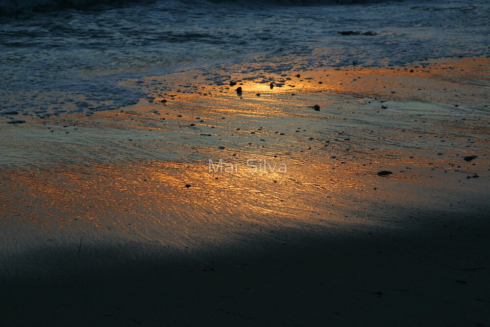The Glowing sand by Mar Silva