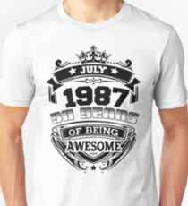 july 1987 30 years of being awesome Unisex T-Shirt