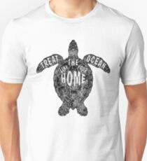 OCEAN OMEGA (MONOCHROME) Unisex T-Shirt