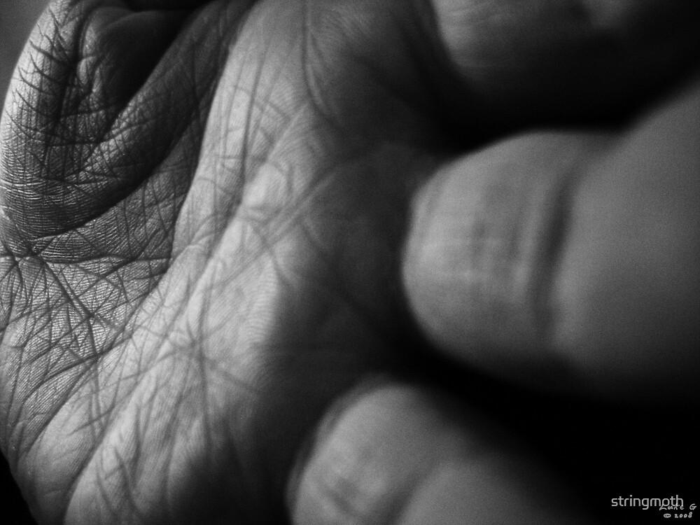 A helping hand by stringmoth