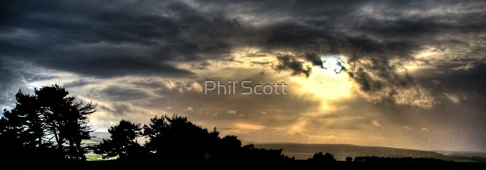 Powerful sunset by Phil Scott