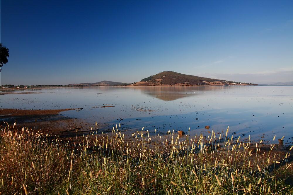 Ralphs Bay Early Morning, Tasmania by David Jamrozik