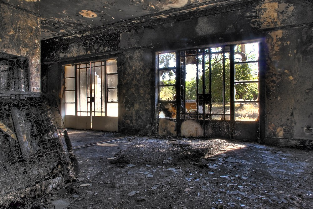 Burnt Lounge by Colin  Ewington