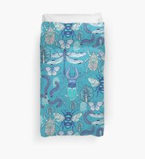 happy frozen blue bugs Duvet Cover