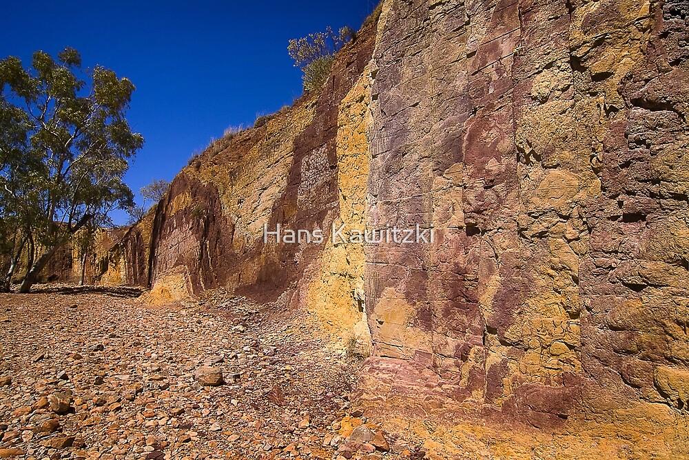 0630 Ochre Pits - Northern Territory by Hans Kawitzki