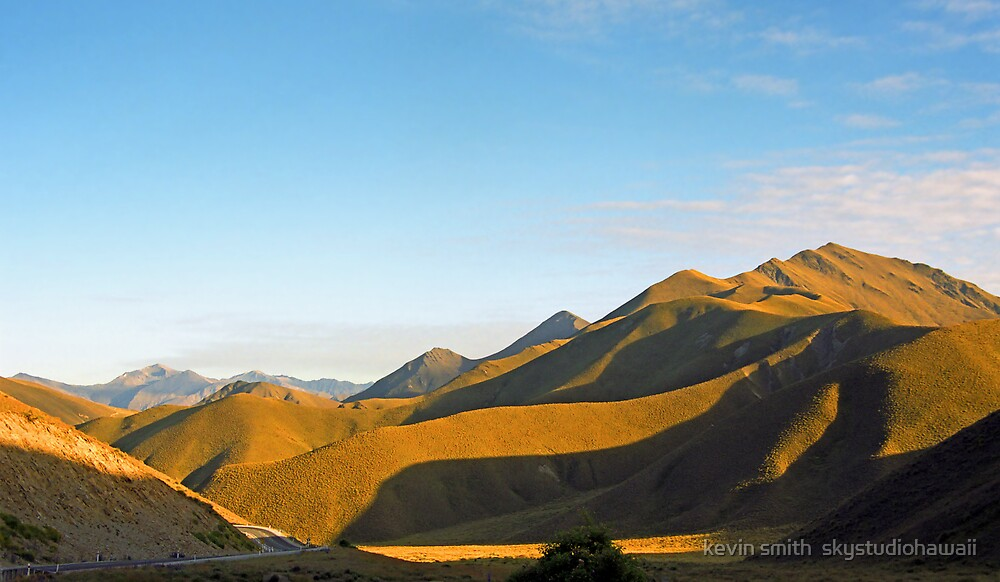 Lindis Pass  by kevin smith  skystudiohawaii