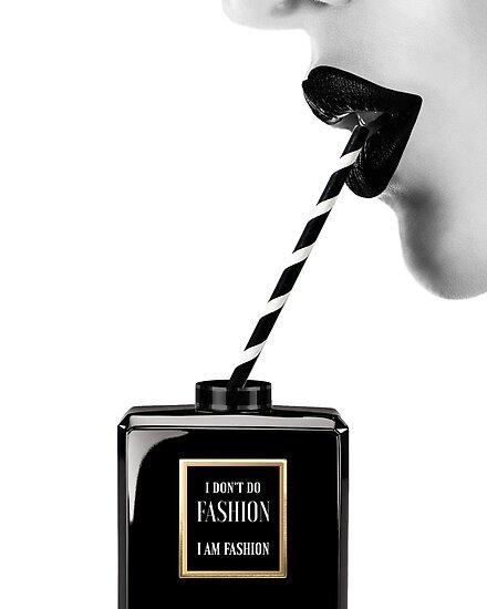 Frau, Mädchen, Lippen drucken, Fashion Art, Modedruck, skandinavische Kunst, moderne Kunst, Wandkunst, Print, minimalistisch, Modern von juliaemelian