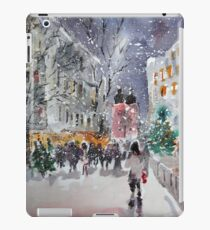 Snowing At Christmas Time iPad Case/Skin