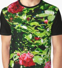 Beautiful Red Roses Garden In Summer Graphic T-Shirt