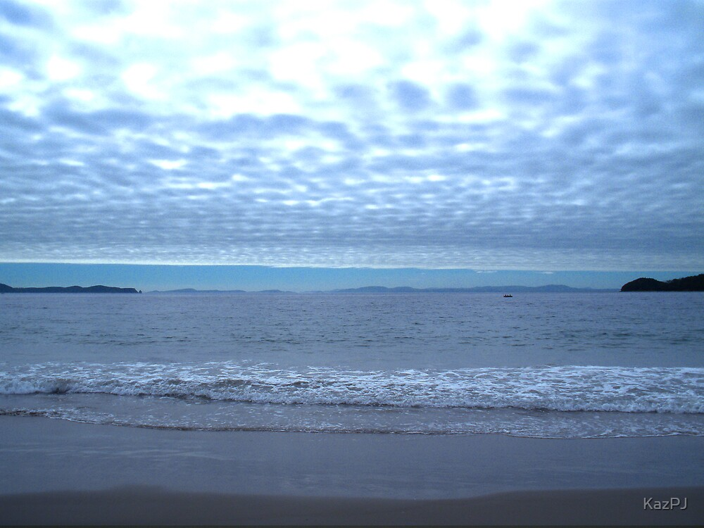 Bruny Beach by KazPJ