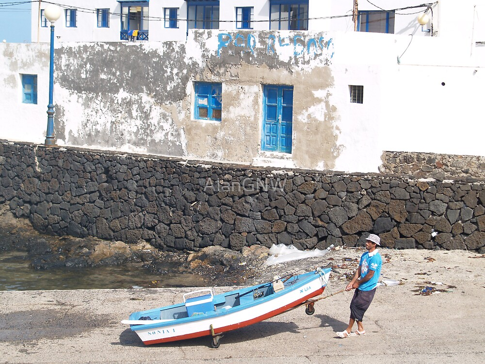 Orzola, Lanzarote by Alan Gandy