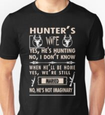 HUNTER'S WIFE T SHIRT HUNTING SHIRT T-Shirt