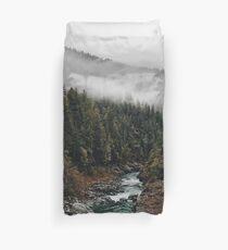 Fluss im Wald Bettbezug