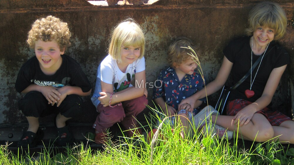 Tractor kids by MrsO