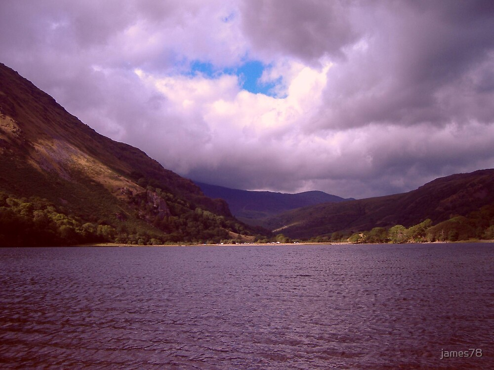 Welsh lake by james78