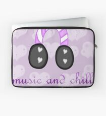 Music and Chill Laptop Sleeve