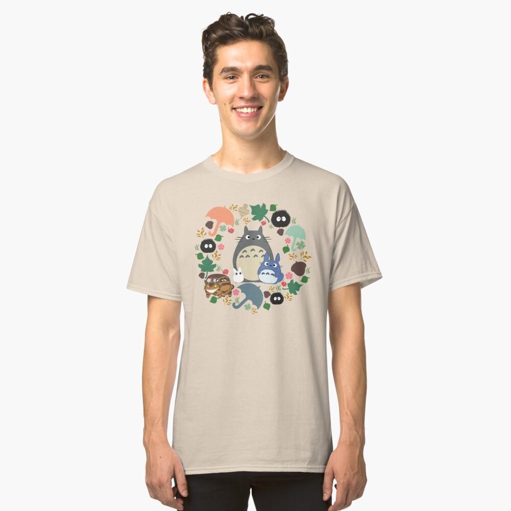 Mein Nachbar Totoro Kranz - Anime, Catbus, Ruß Sprite, Blau Totoro, Weiß Totoro, Senf, Ocker, Regenschirm, Manga, Hayao Miyazaki, Studio Ghibl Classic T-Shirt