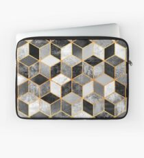 Black & White Cubes Laptop Sleeve