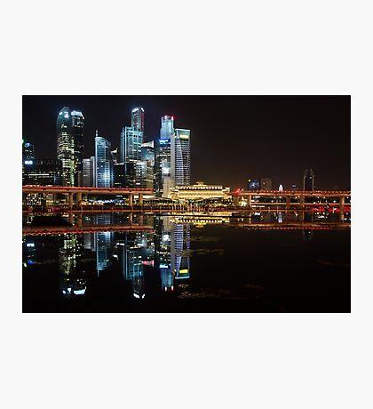 Singapore: Fullerton Hotel and Finance Centre Skyline Photographic Print