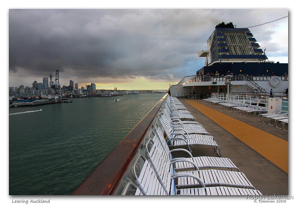 Leaving Auckland 2 by Robyn Lakeman