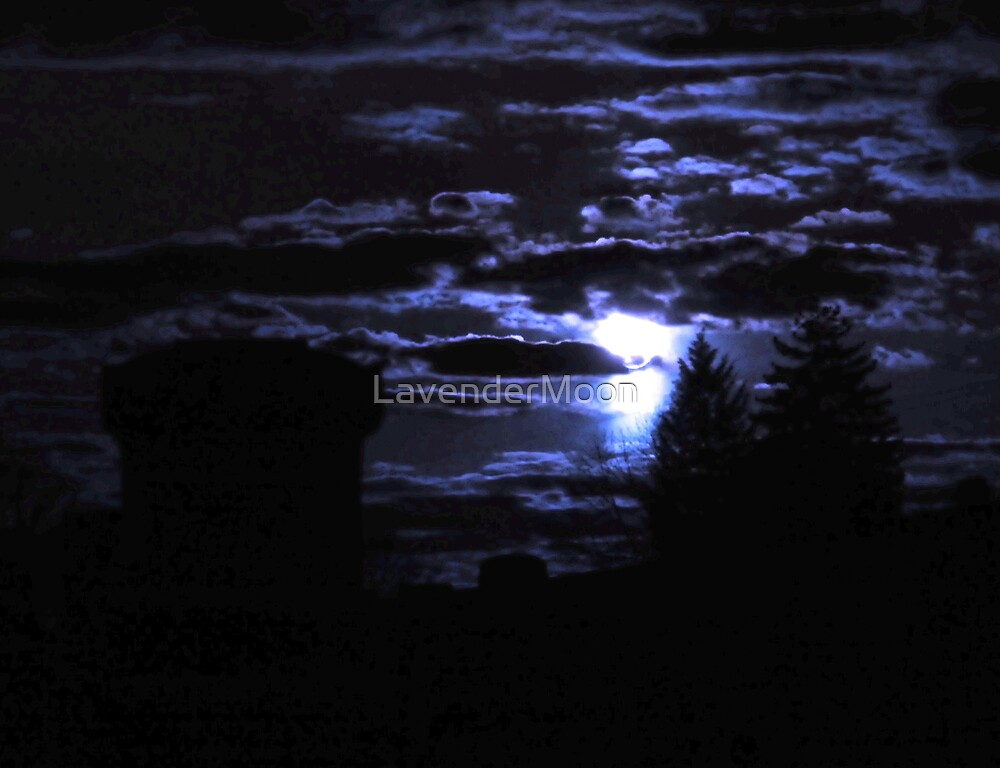 Cemetery Moon by LavenderMoon