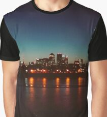 Canary wharf at night Graphic T-Shirt