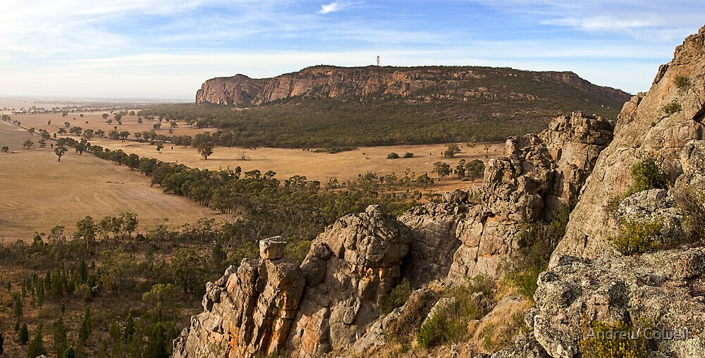 mount arapiles by Andrew Cowell