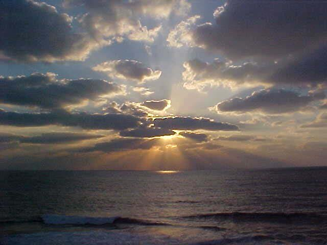 Wavelight by GregsGirl