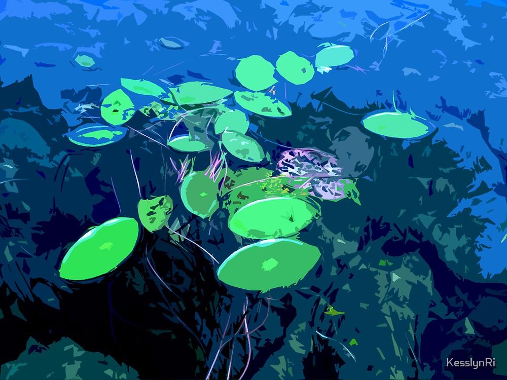 floating by KesslynRi