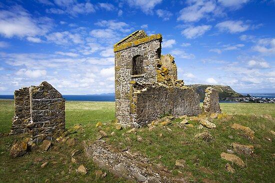 0976 Ruins - Stanley Tasmania by Hans Kawitzki