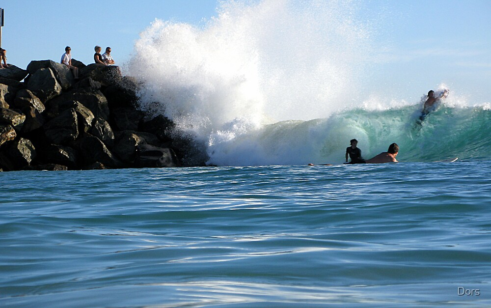 Barrels off the Rocks at City Beach by Dors