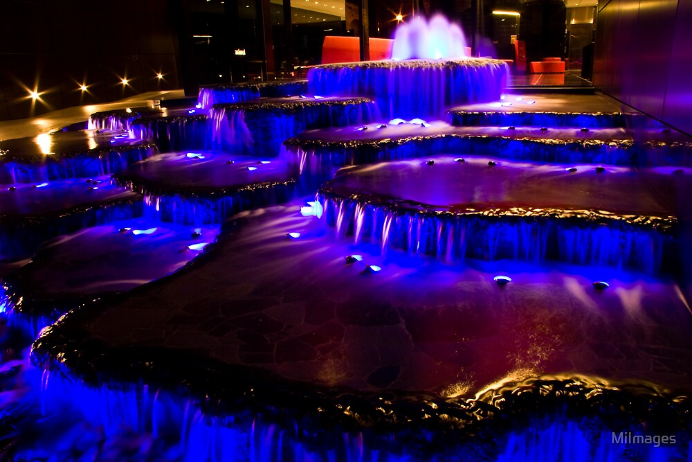 Fountain At Bathurst Street by MiImages