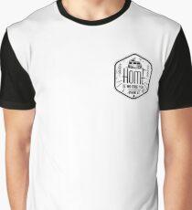 Camiseta gráfica El hogar es donde lo estacionas vanlife camper art negro sobre blanco
