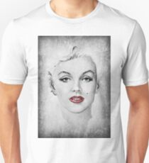 Marilyn red lips T-Shirt