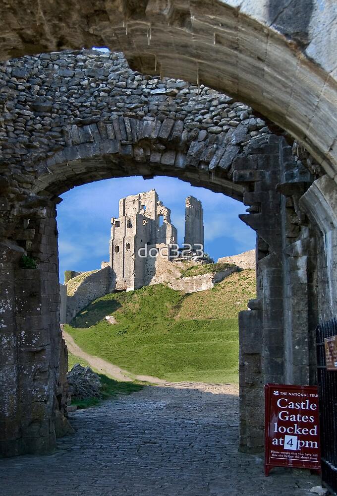 Corfe Castle by doc323