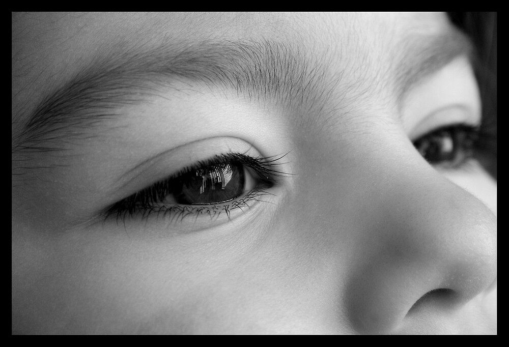 Bright Eyes by Liesly